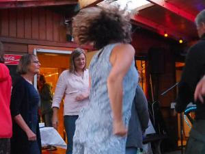 Gabriele tanzt 7157409(Dietmar Bührer)